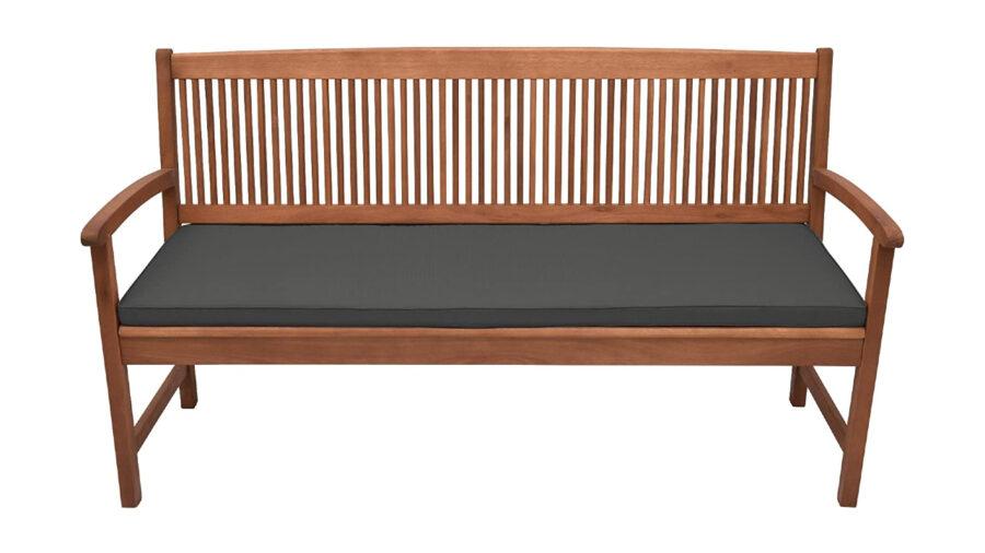 bancos hechos de madera