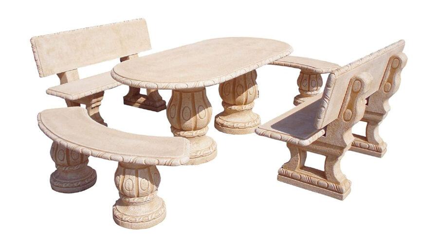 banco y mesa de piedra