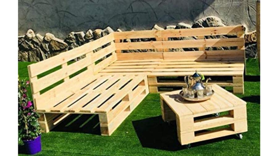 banco de jardín hecho de palets